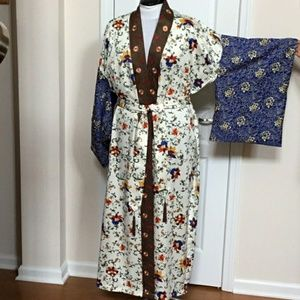 Other - Cabernet Petites Floral Embroidered Kimono